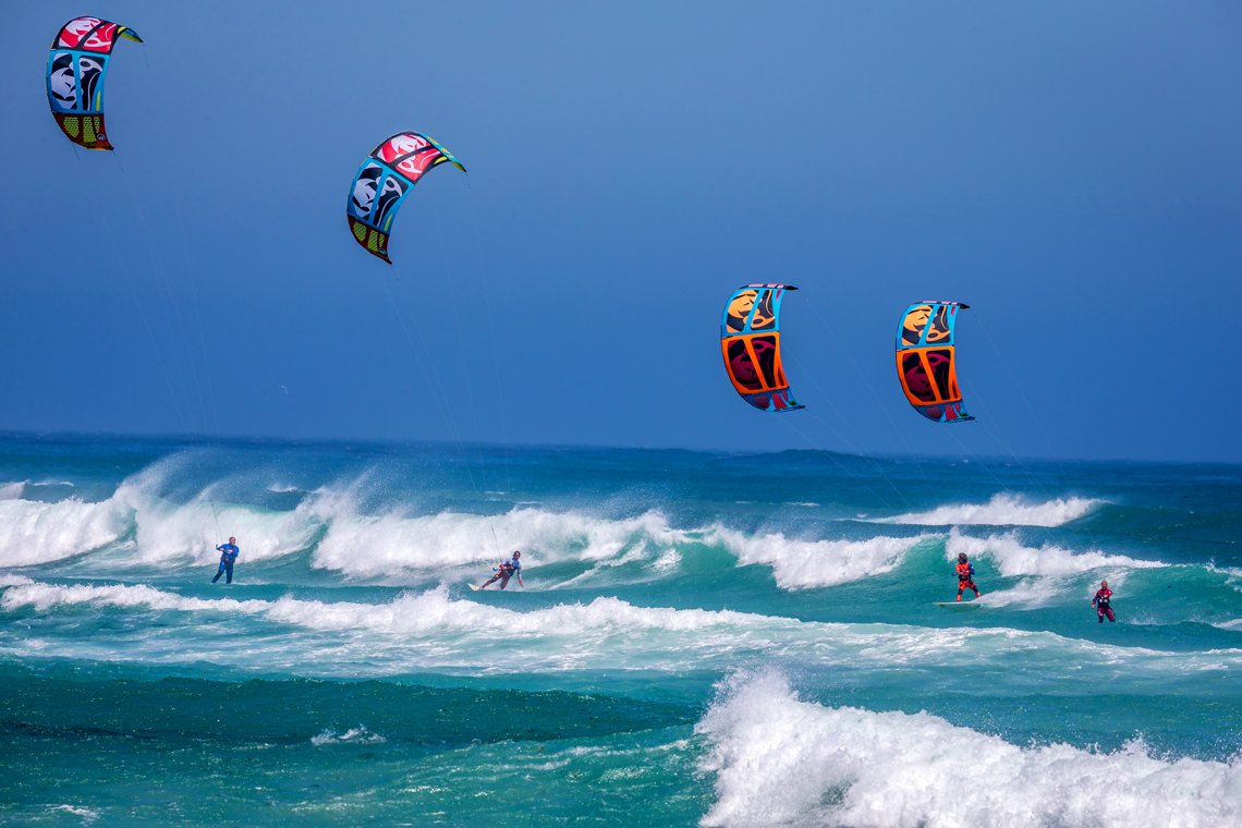 RRD squad taking over this wave on 2015 Religion kites - RRD Kiteboarding