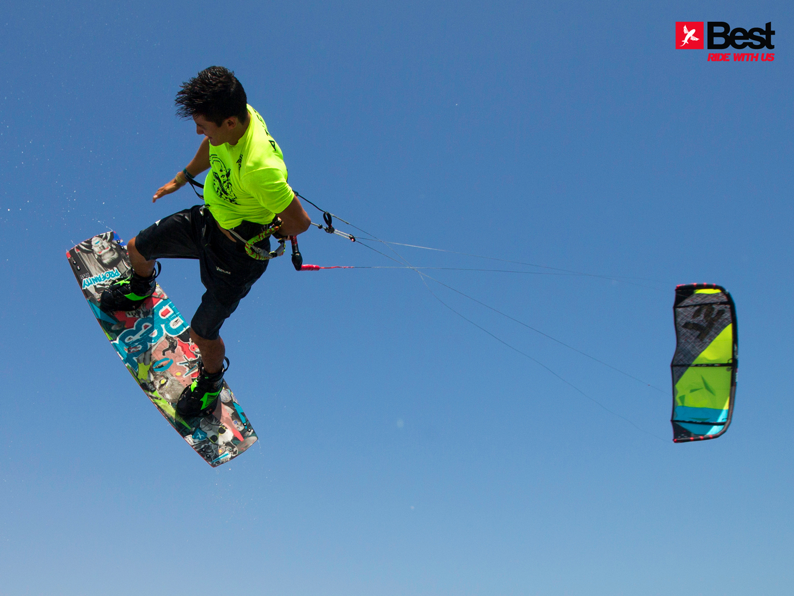 kitesurf wallpaper image - Alexandre Neto with a nice session back home in Brazil on the 2015 Best kiteboarding TS and Profanity board - kitesurfing - in resolution: Standard 4:3 1600 X 1200