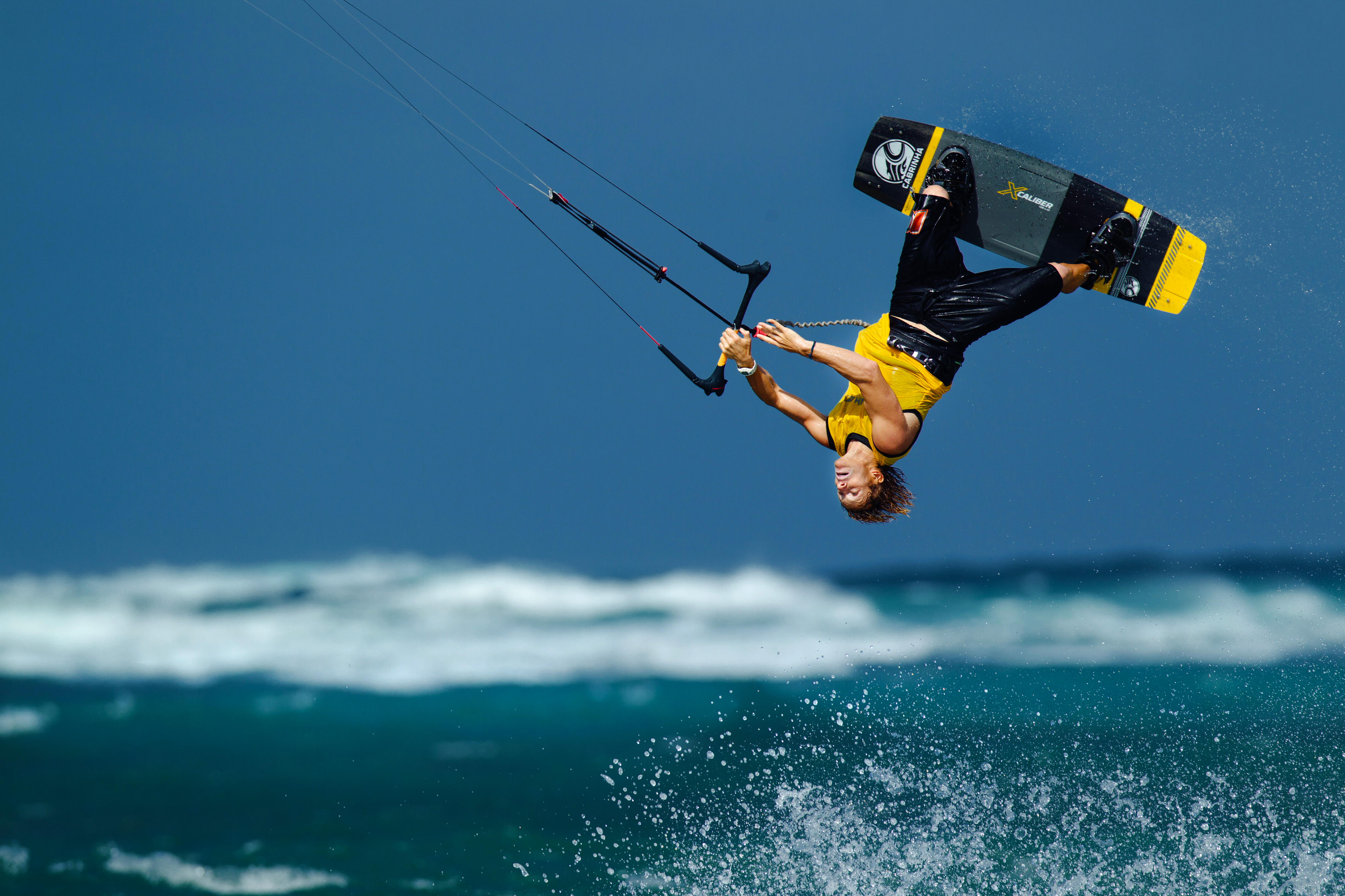 kitesurf wallpaper image - Alberto Rondina inverted on the Cabrinha Xcaliber full carbon board - kitesurfing - in resolution: Original 4896 X 3264