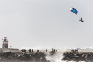 Ruben Lenten stormchasing at Wijk aan Zee megaloop